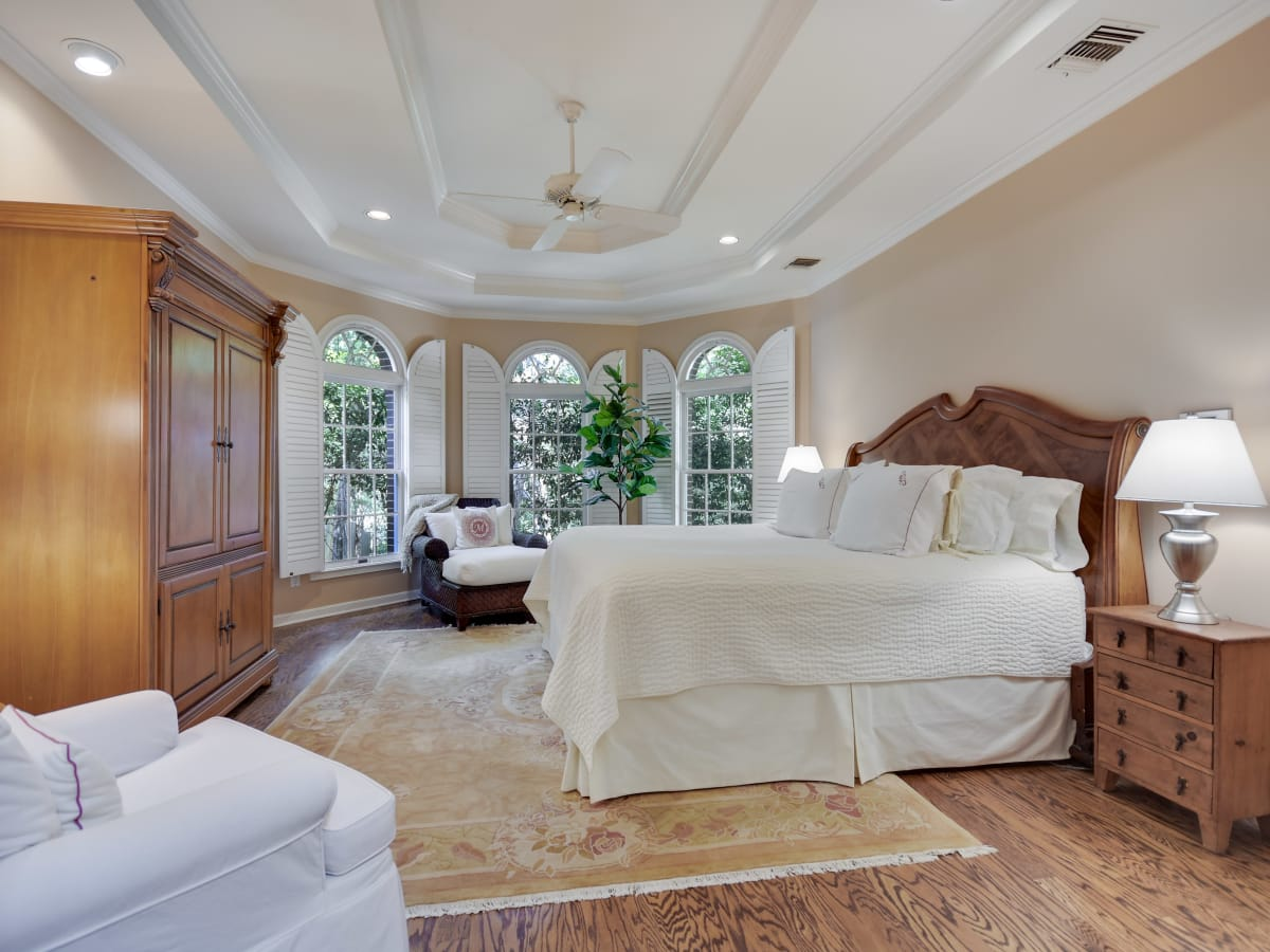 2400 Westlake Pass Austin house for sale master bedroom