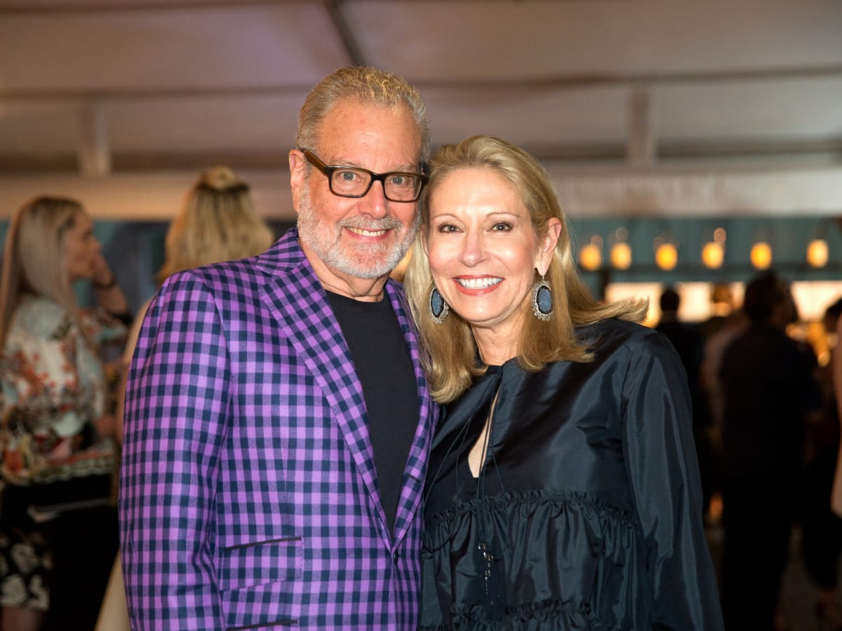 Howard Rachofsky, Cindy Rachofsky
