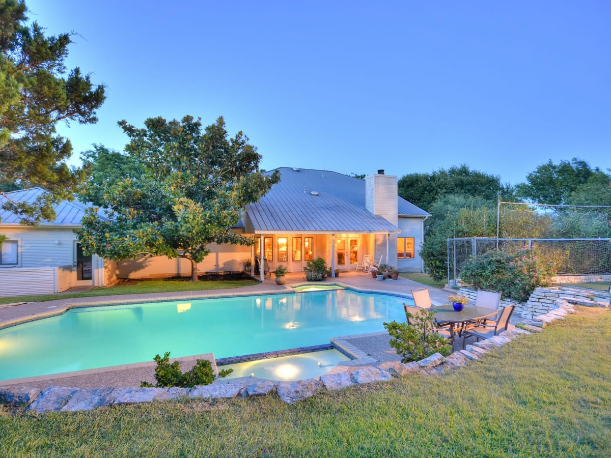 5 Muir Lane Austin house for sale pool