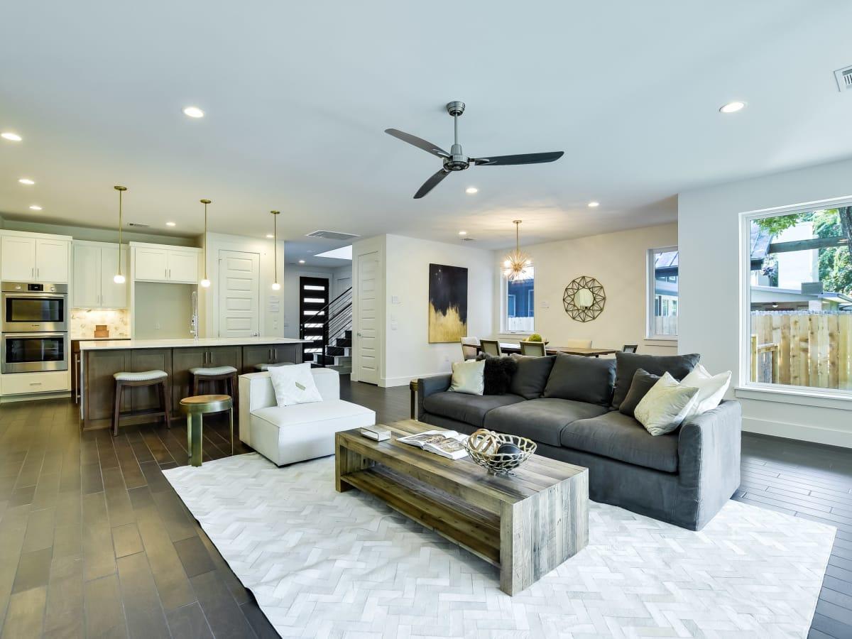 1613 Nash Ave Austin house for sale living room
