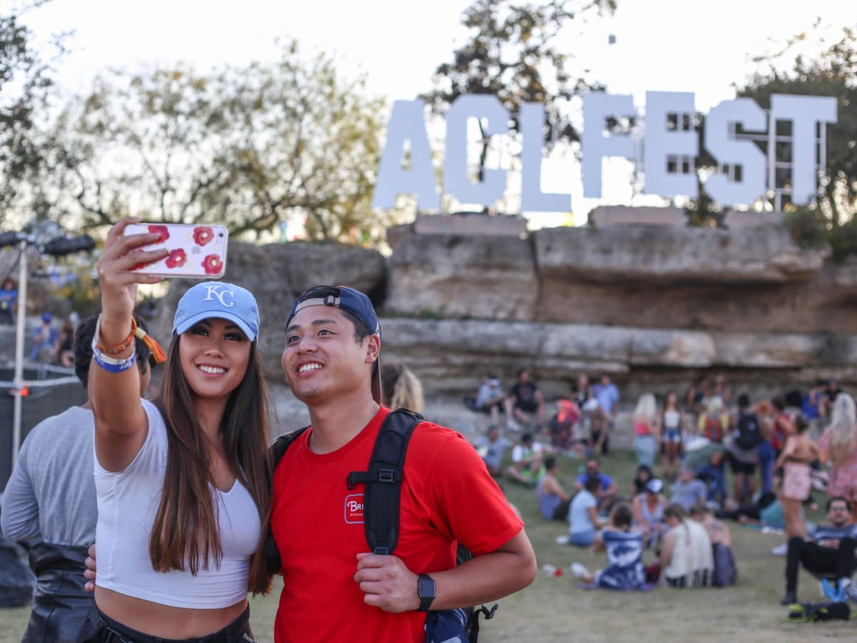Austin City Limits Festival 2016 Weekend Two ACL Fest Sign Dara Ounaphom Jordan Saybounkhamw