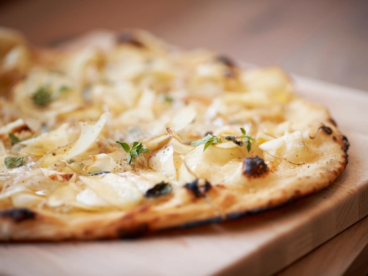 The Pass & Provisions pizza