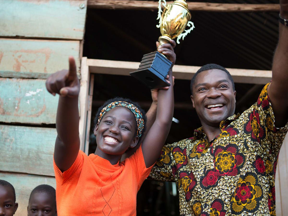 Madina Nalwanga and David Oyelowo in Queen of Katwe