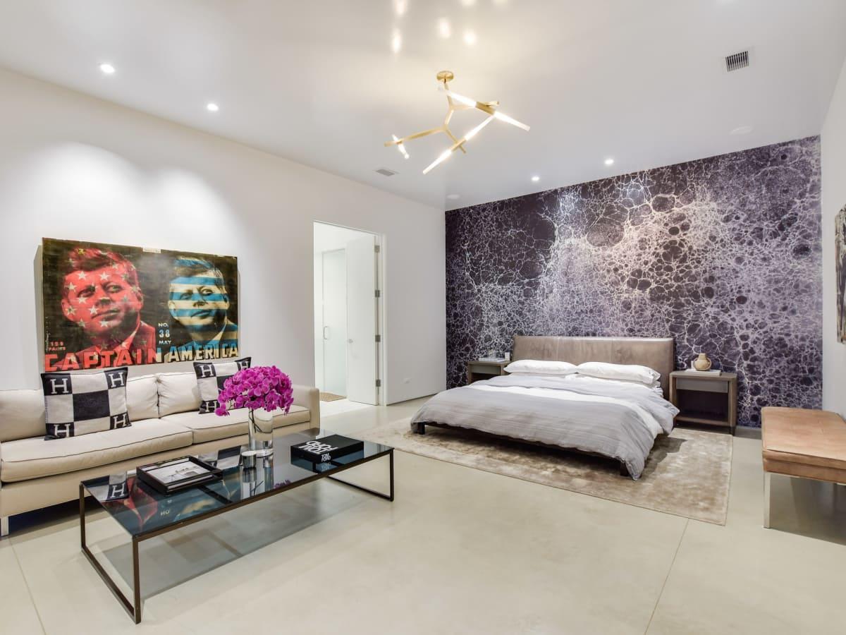 2009 Cueva de Oro Austin house for sale master bedroom