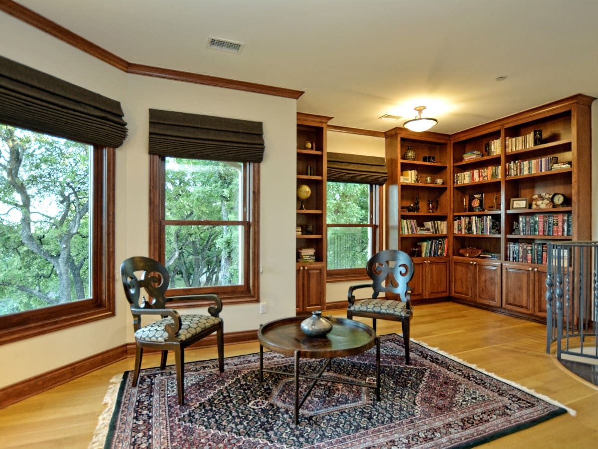 400 Almarian Austin house for sale library