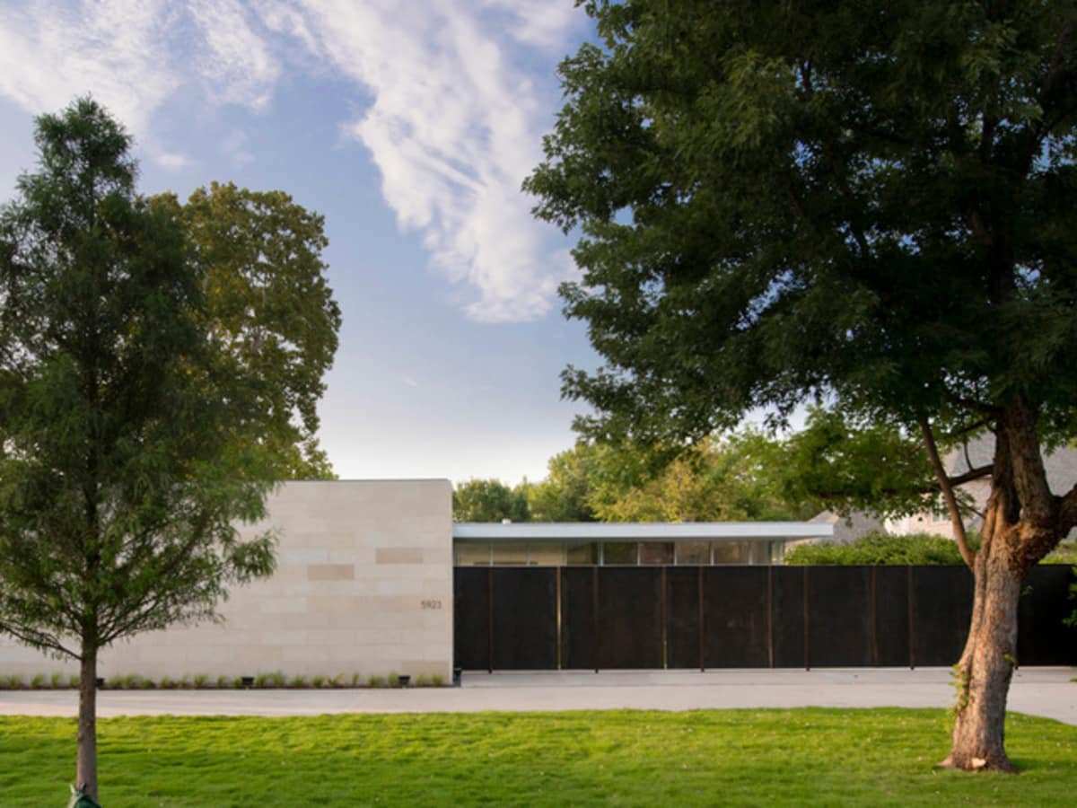 Houzz Dallas house home modern minimalism June 2016 front exterior