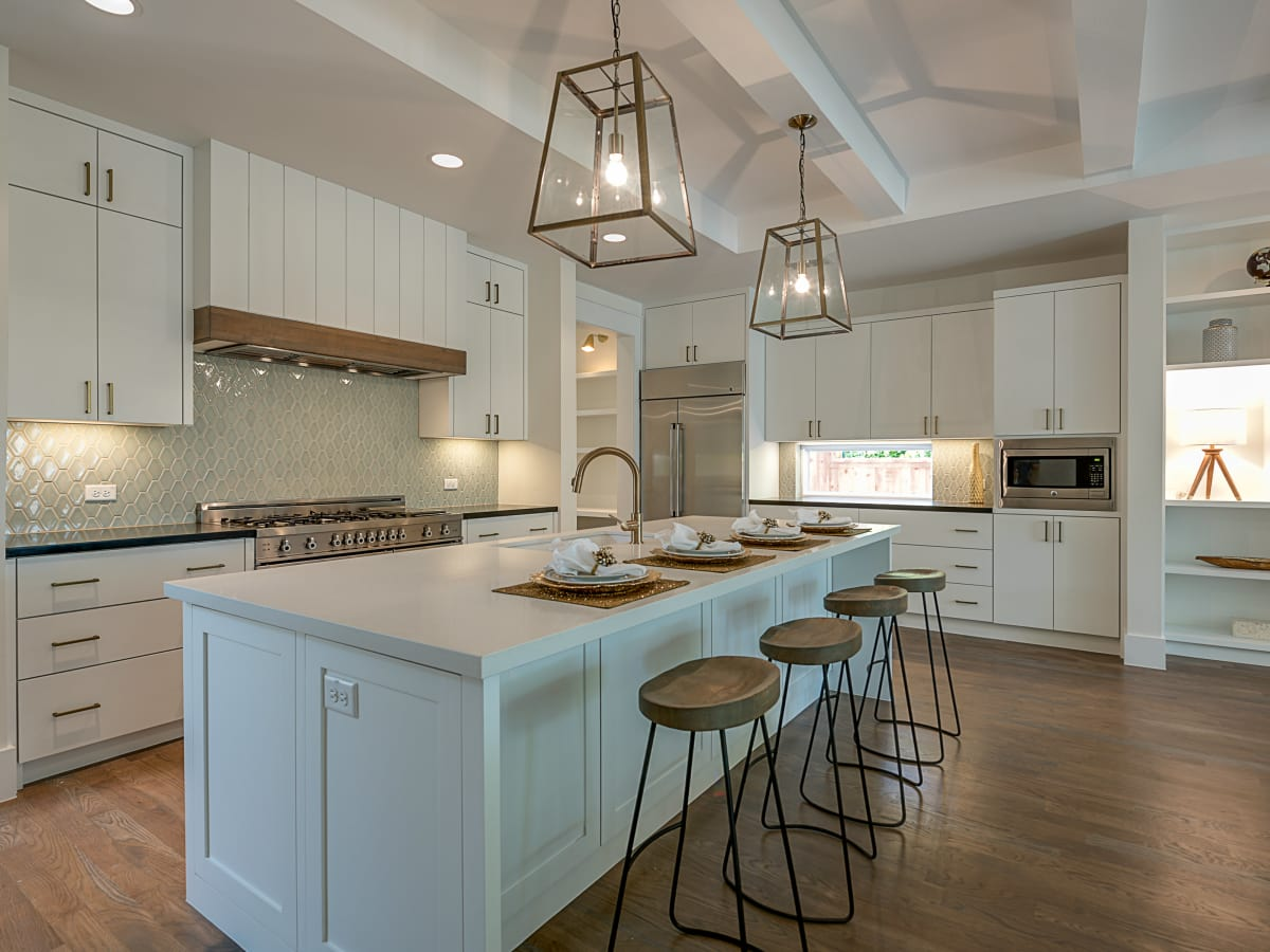 7319 Coronado Ave Kitchen