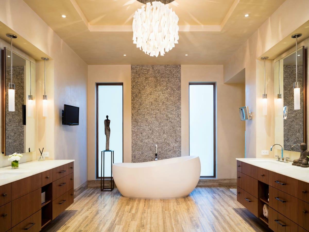Austin house home 101 Pascal Lane Weslake Rob Roy neighborhood bathroom