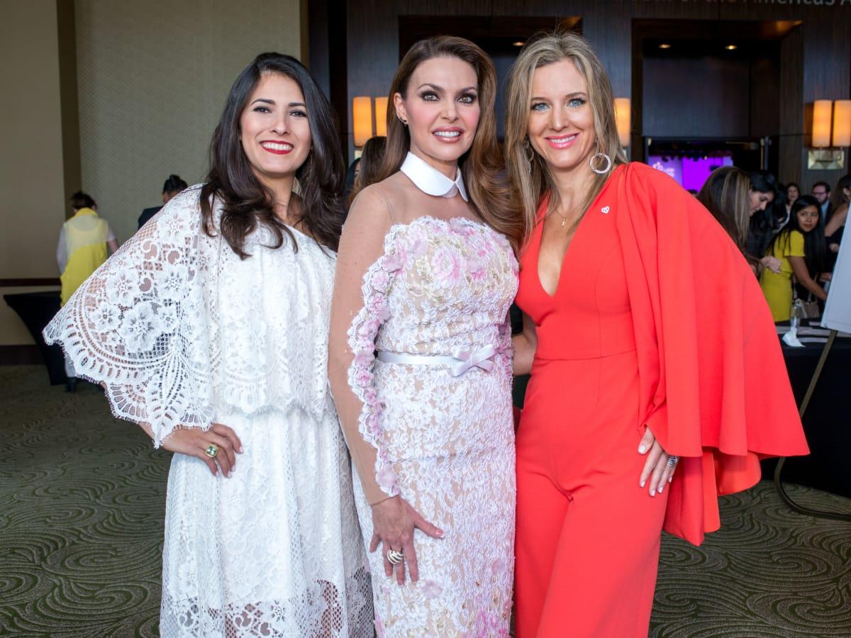 Latin Women's Initiative luncheon 5/16, Cyndy Garza Roberts, Chree Boydston Marianelly Avendano Noble, Barbara Palacios, Sally Lechin