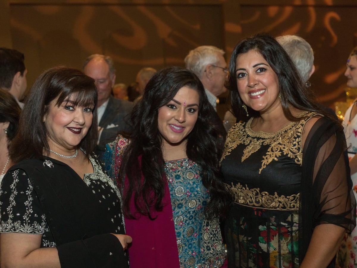 Child Advocates gala 5/16, Pinki Moore, Reena Moore, Liz Chevalier