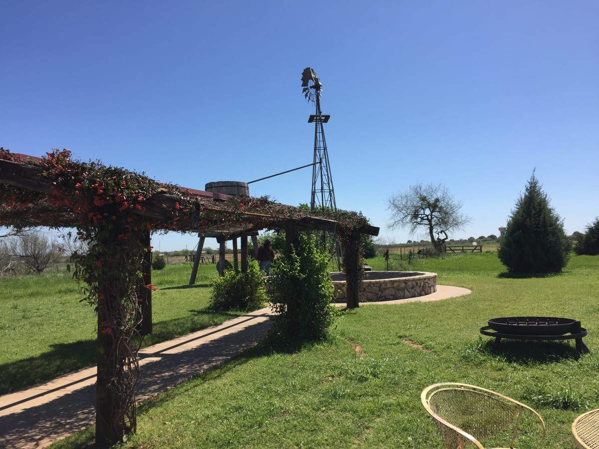 Barking Rocks Winery in Granbury