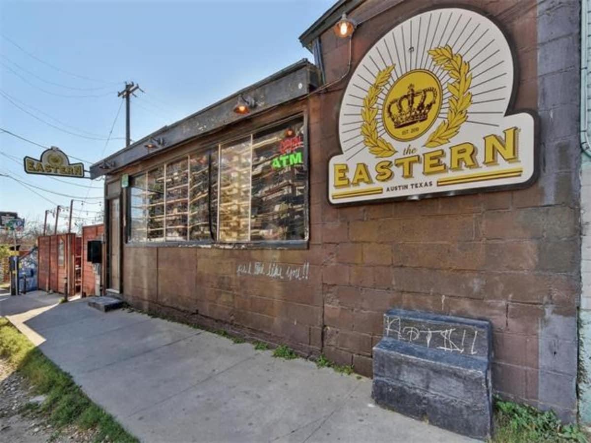 Cisco's Restaurant Bakery for sale 1511 E 6th St Sixth Street The Eastern bar