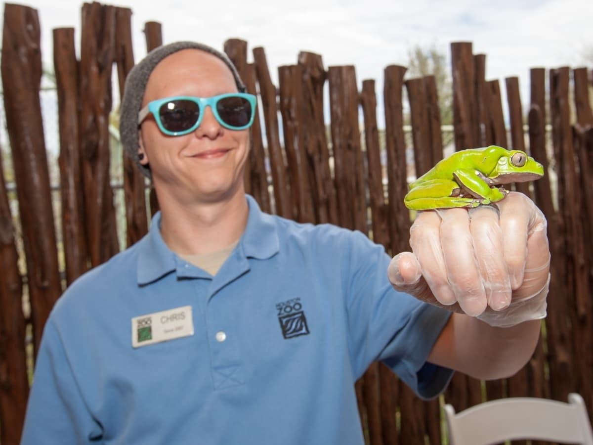Houston Zoo Flock brunch, March 2016, Chris Bednarski with tree frog