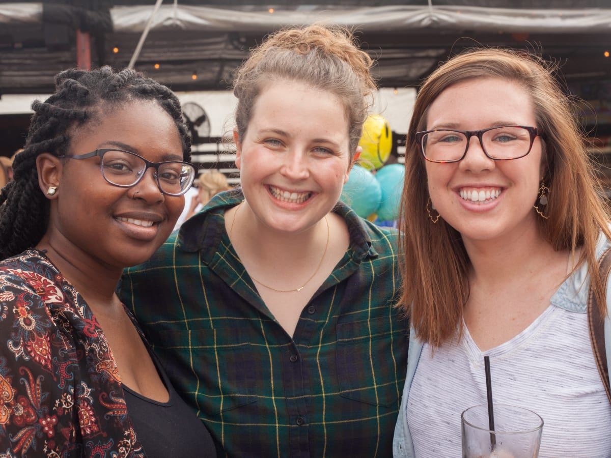 Casa de Esperanza chili cook-off, March 2016, Nyisha Webb, Claire Armstrong, Wendy Usher