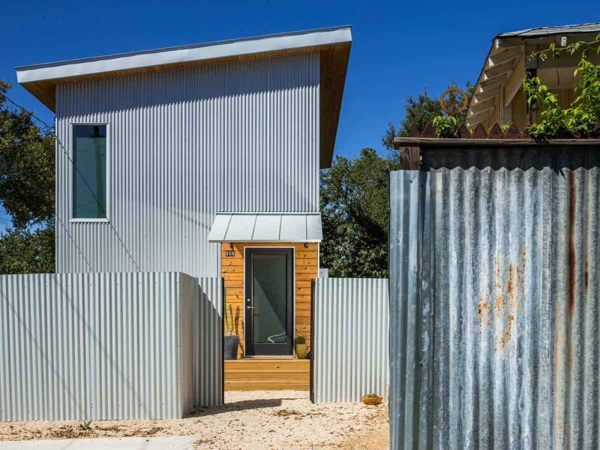 2016 Austin Modern Home Tour house 806 Lincoln Street Moontower Design Build front