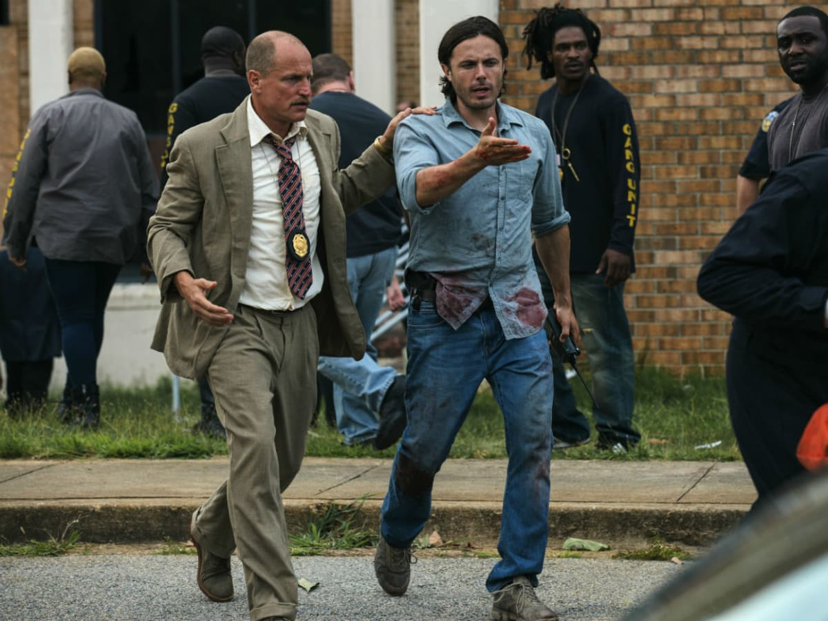 Woody Harrelson and Casey Affleck in Triple 9