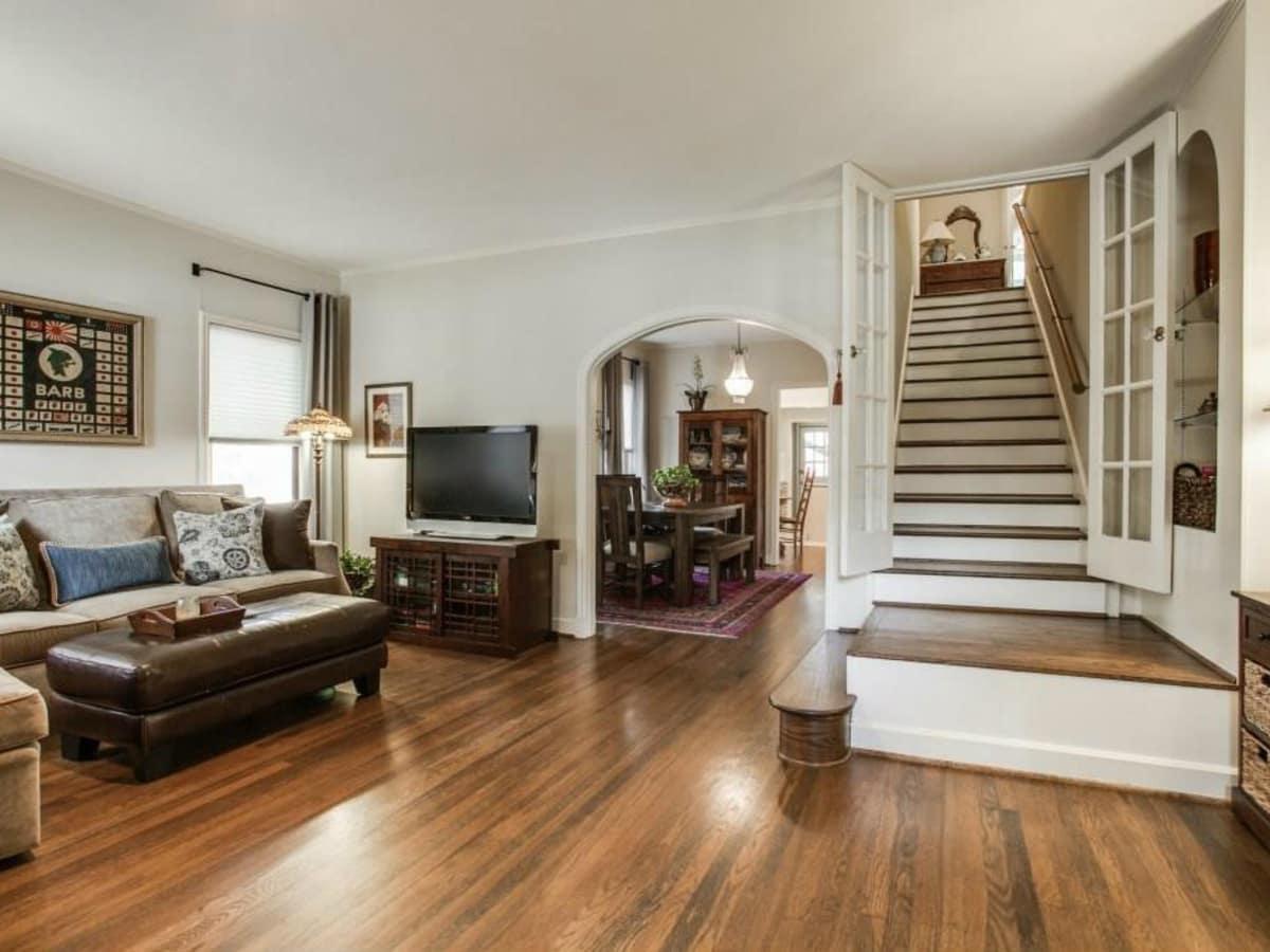 522 Monte Vista stairway