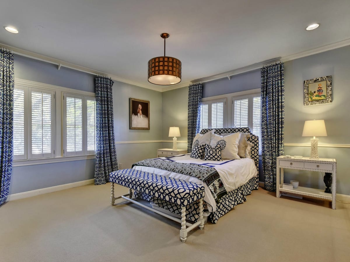 Austin house home Tarrytown 2610 Kenmore Court Ben Crenshaw February 2016 bedroom