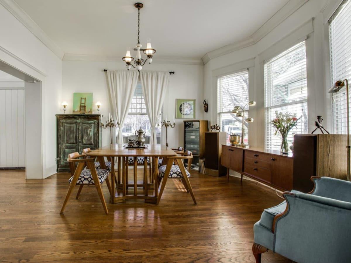 118 N. Winnetka dining room
