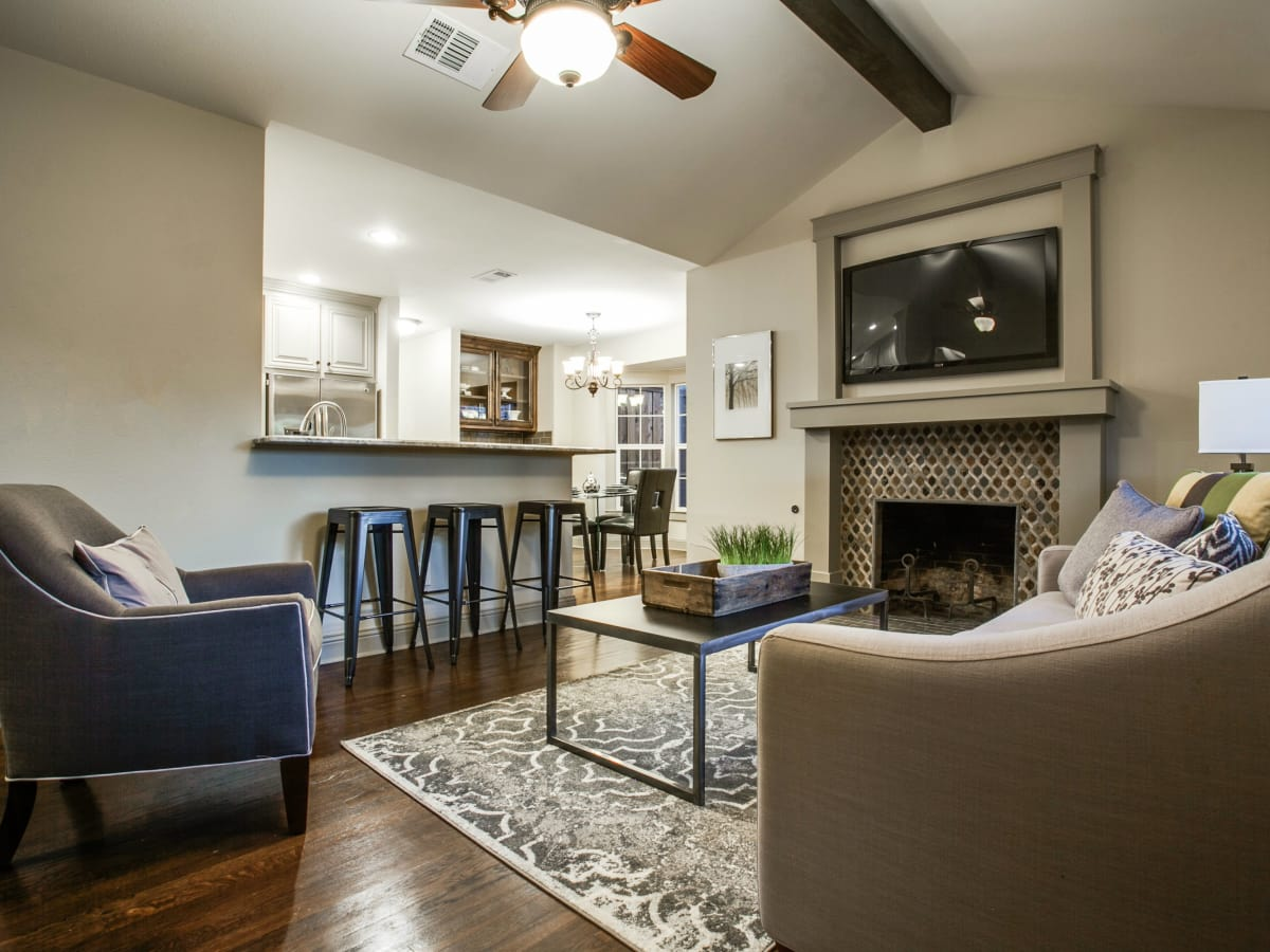This Extensive Reno Is Just A Stones Throw From Dallas Highland - Dallas flooring reno