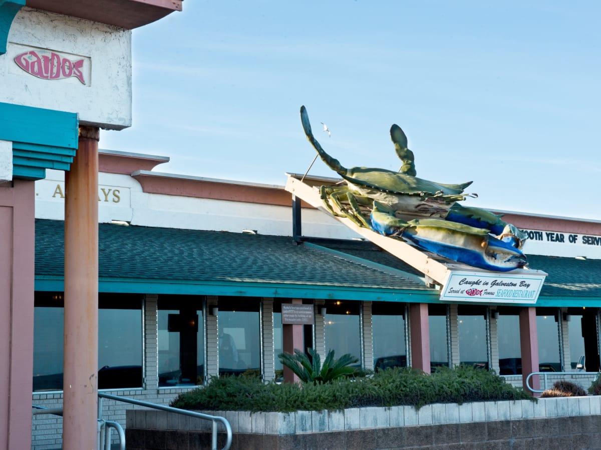 Classic Galveston restaurant makes changes at top, adios Pelican ...