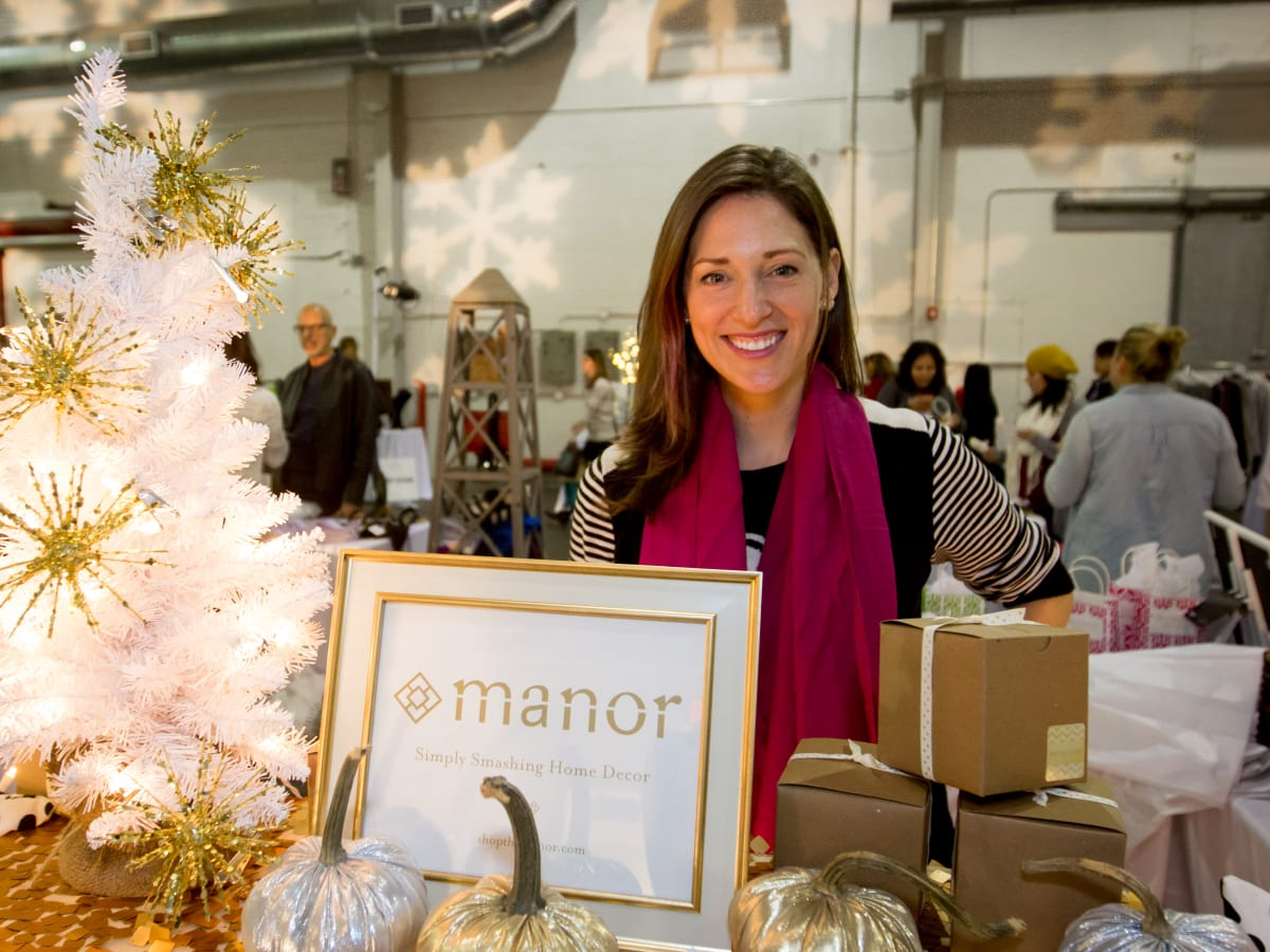 News, CM Holiday Pop-Up Shop, Dec. 2015, Beth Delozier-Hayes