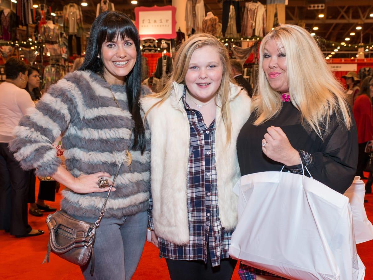 News, Shelby, Nutcracker Market, Nov. 2015, Tiffany Halik, Dylan Milam, Lara Bell