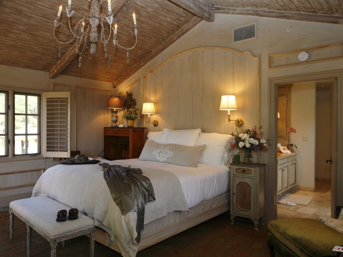 Cal-A-Vie Spa Room 23