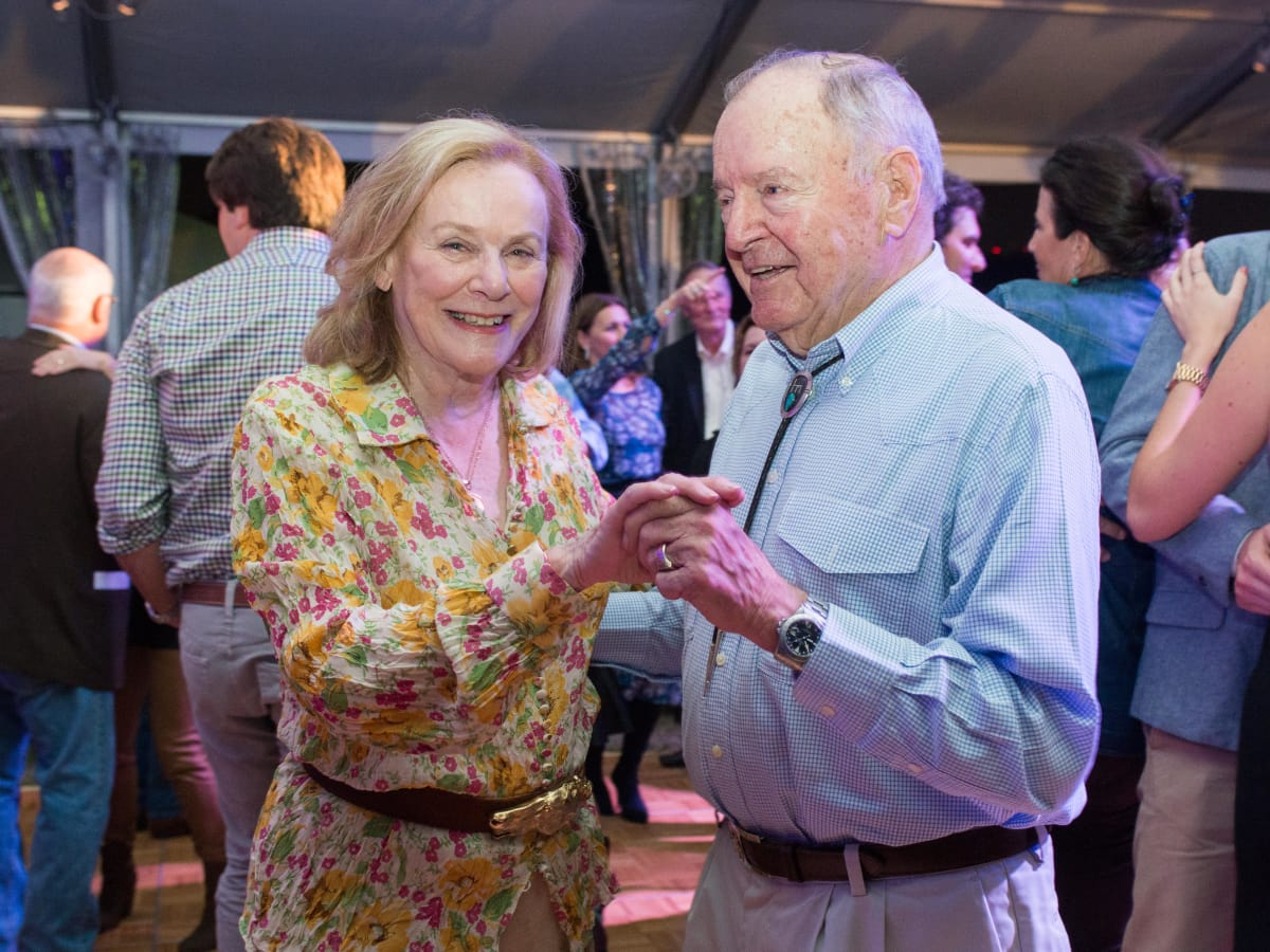 News, Shelby, Nature Conservancy gala, Oct. 2015, Anne Duncan, Charles Duncan