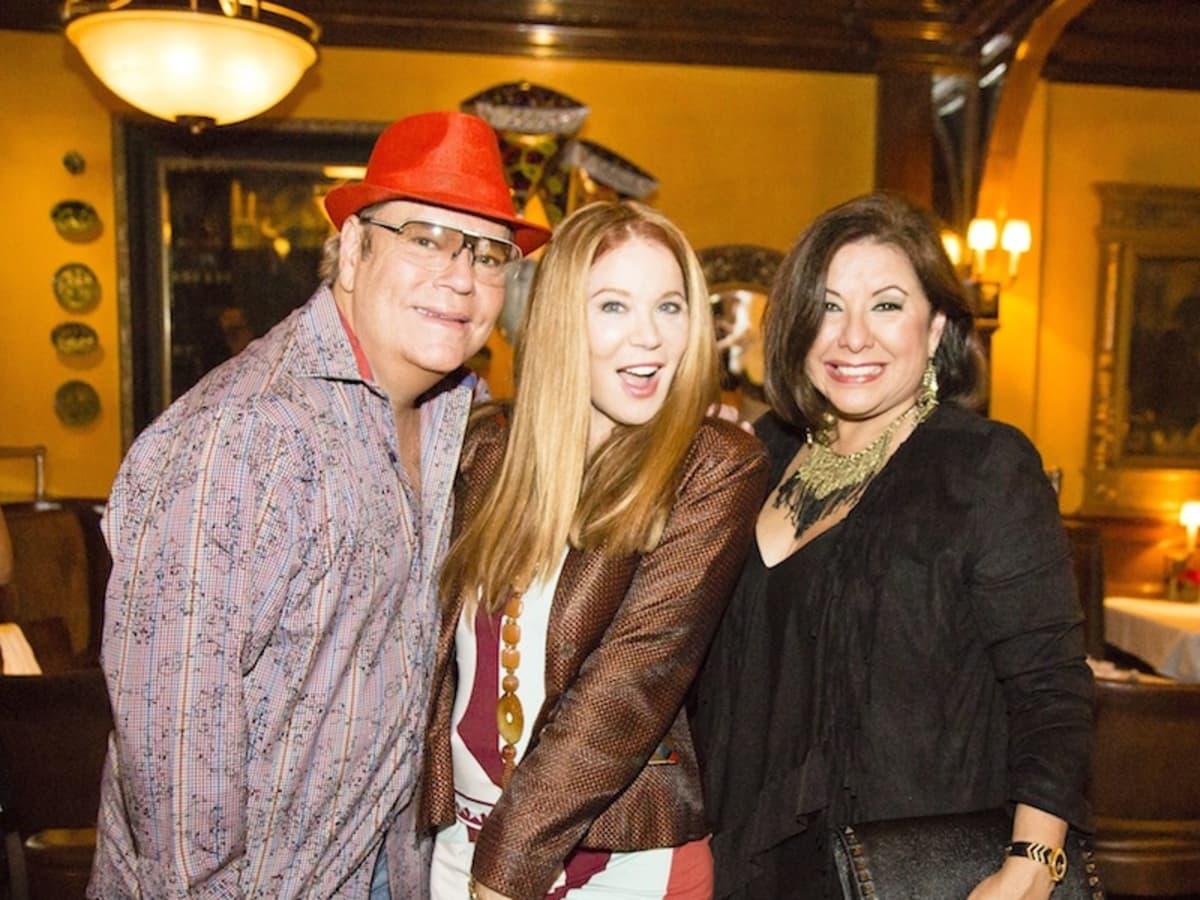 News, Shelby, Beth Muecke b'day, Oct. 2015   Bubba McNeely, Cindi Rose, Debbie Festari