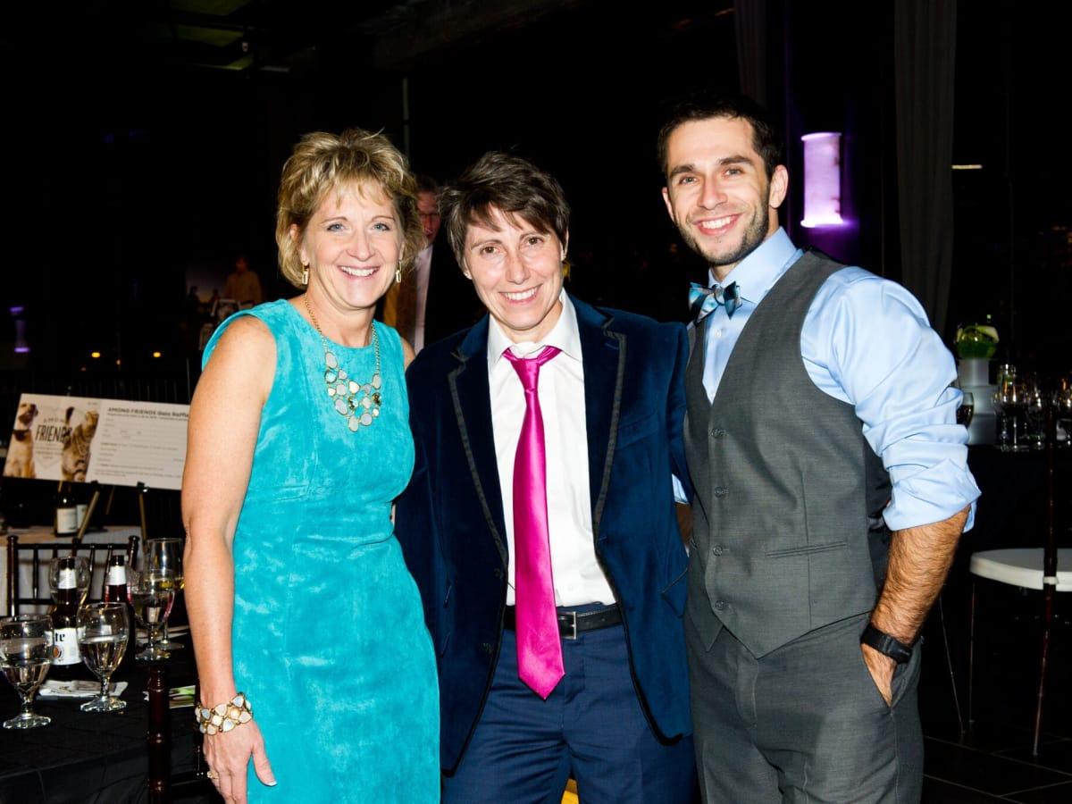 Houston, Friends for Life Among Friends gala, October 2015, Marilyn Oliver, Salise Shuttlesworth, Dr. Roberto Trevino