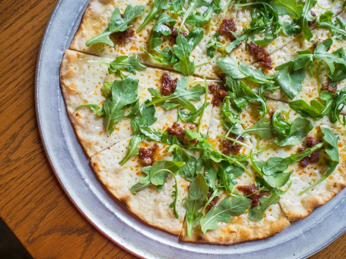 Burn Pizza + Bar Austin restaurant Roman style 2015
