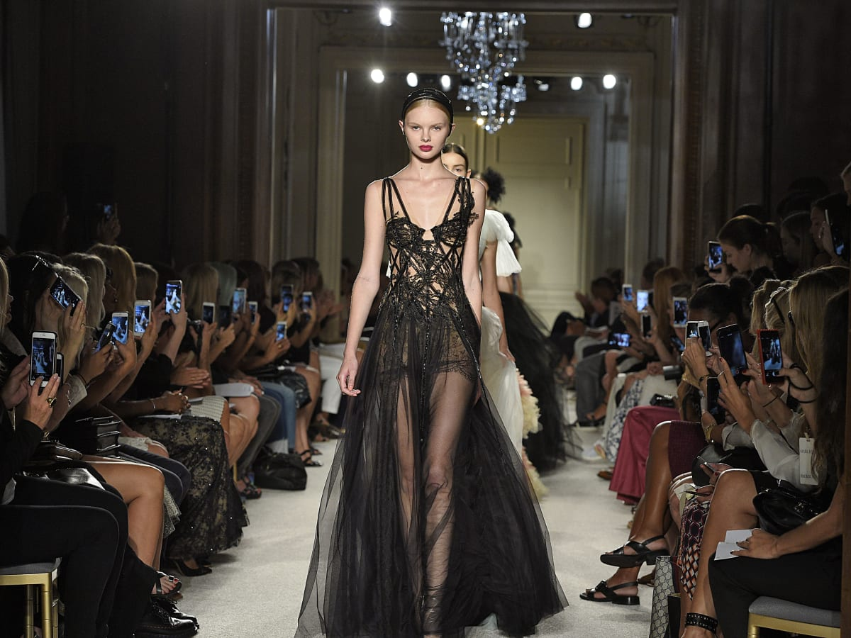 Marchesa spring 2016 collection runway view
