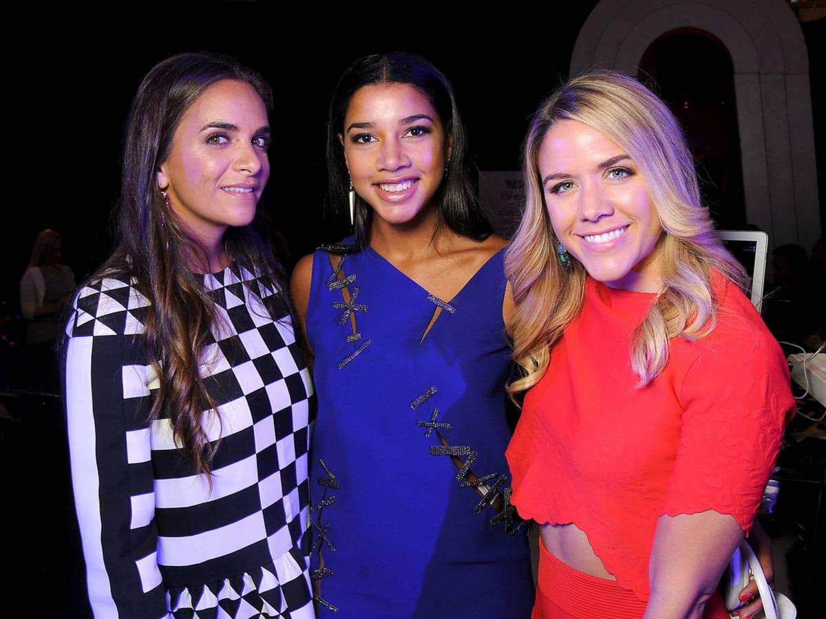 Houston, Vogue Simon Fashion Show, September 2015, Laure Heriard-Dubreuil, Hannah Bronfman, Cara Crowley
