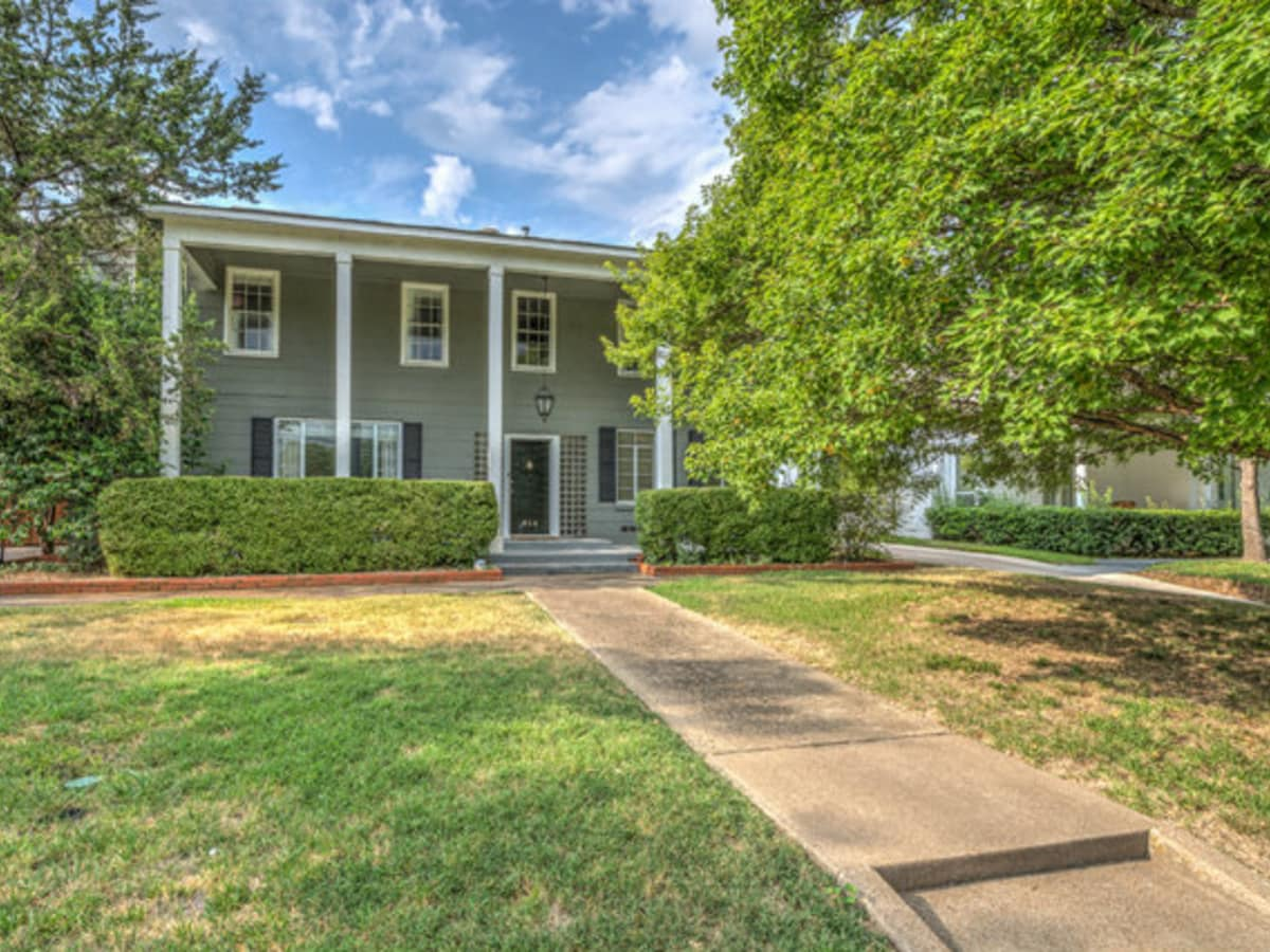 614 W. Colorado Blvd. house for sale in Dallas