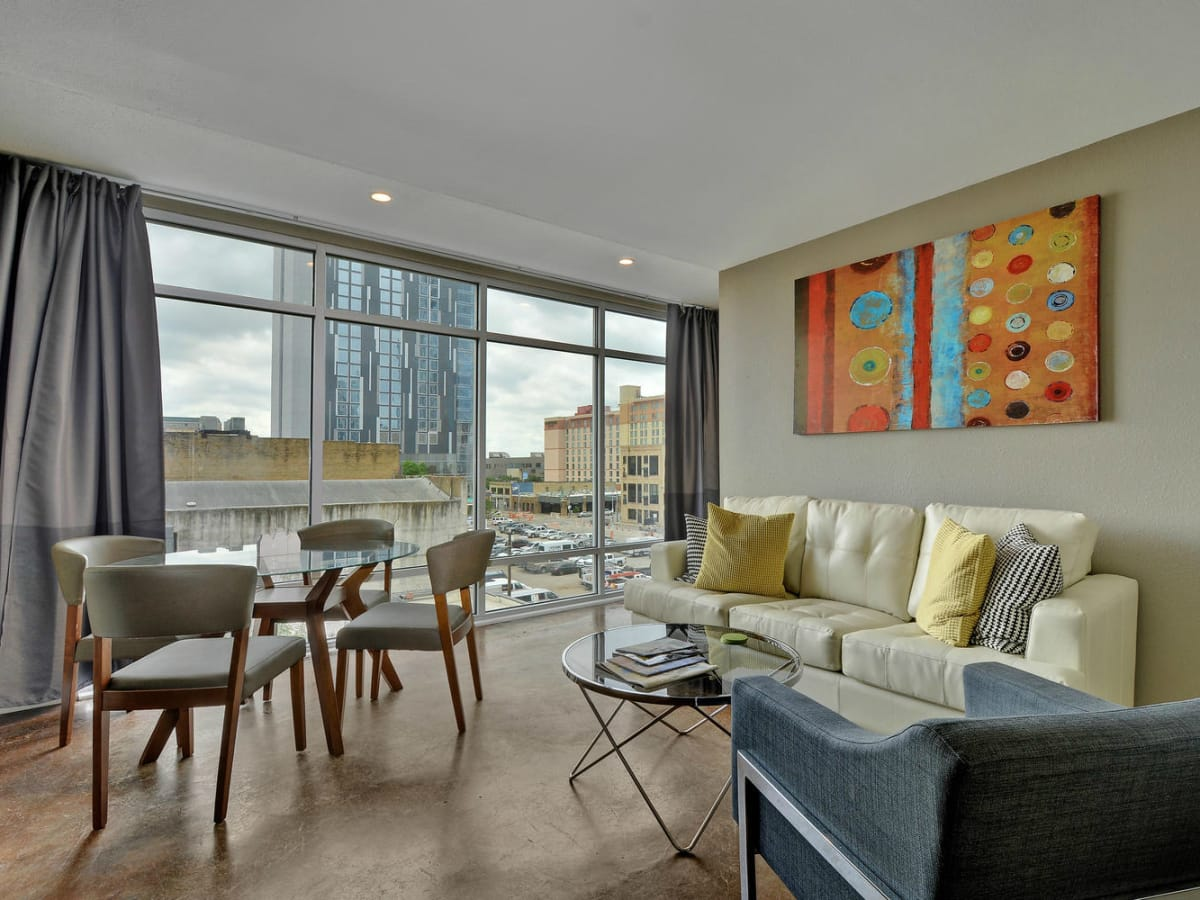 Littlefield Lofts Top downtown Austin Trip Rentals living room 4 2015