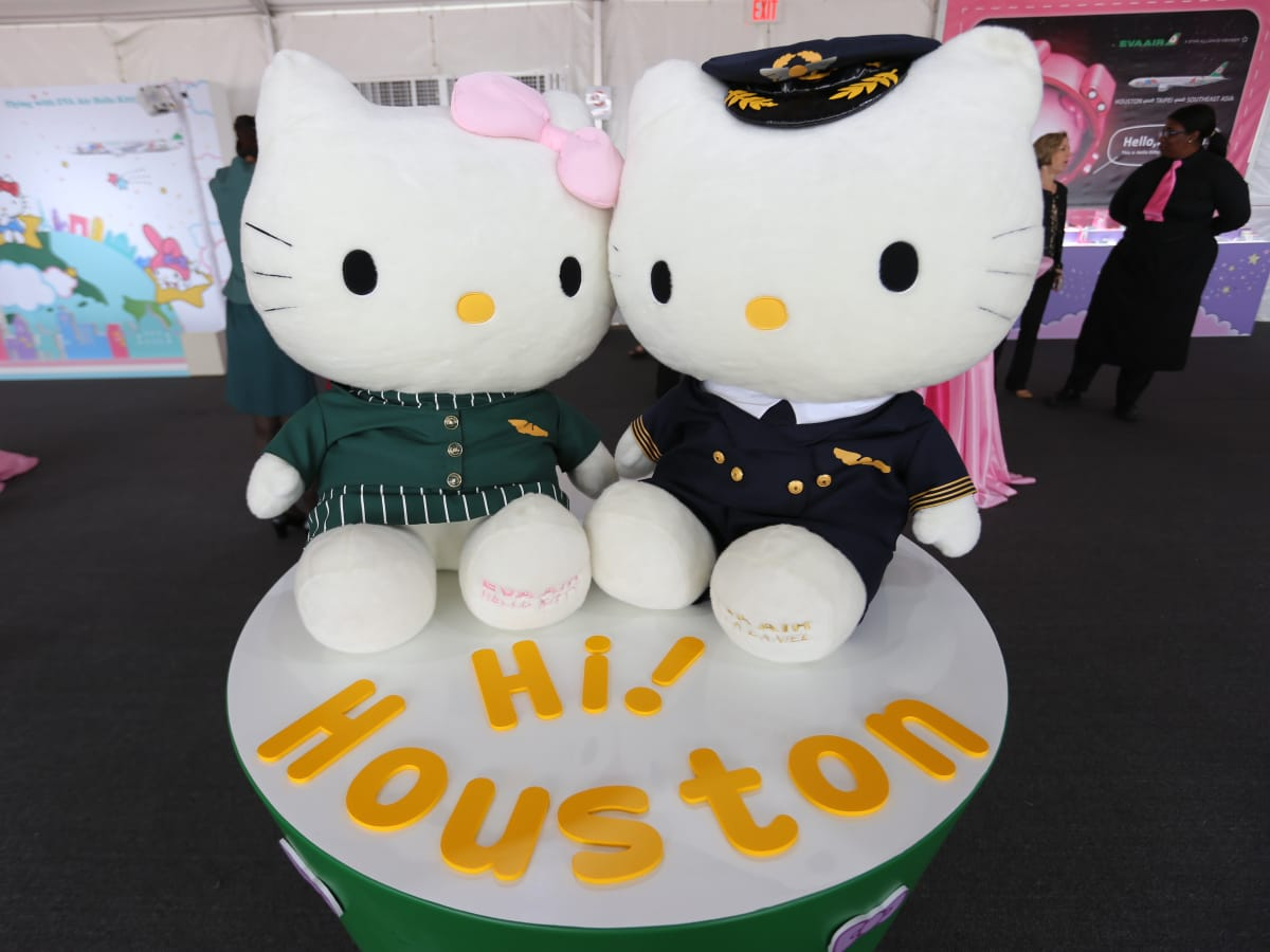 EVA Air Hello Kitty Houston celebration