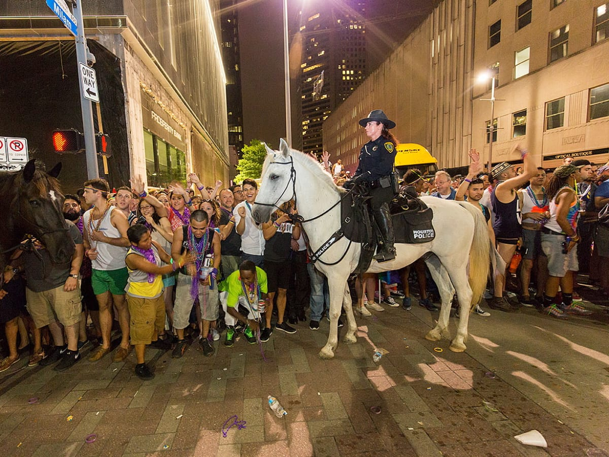 Houston Pride 2015 mounted police crowds