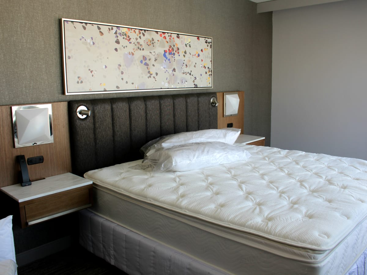 Westin Austin Downtown hotel guest room bed 2015