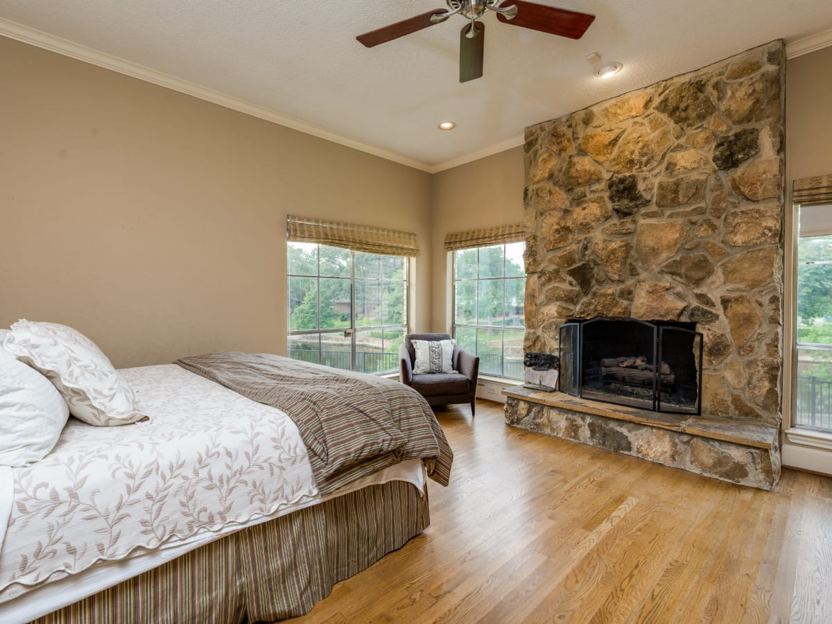 Master bedroom at 4224 Briar Creek in Dallas