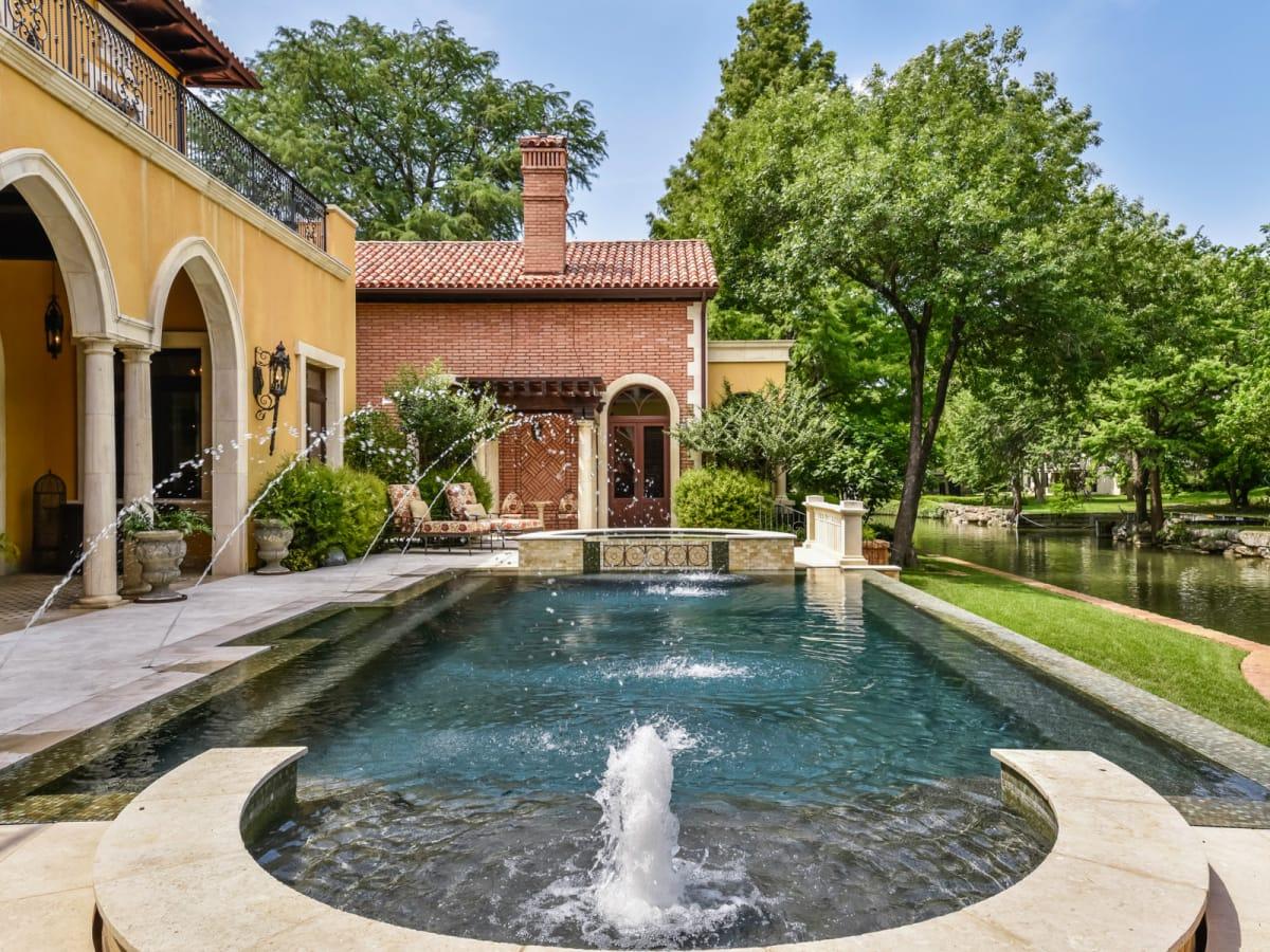 4501 Island Cv, Austin home for sale