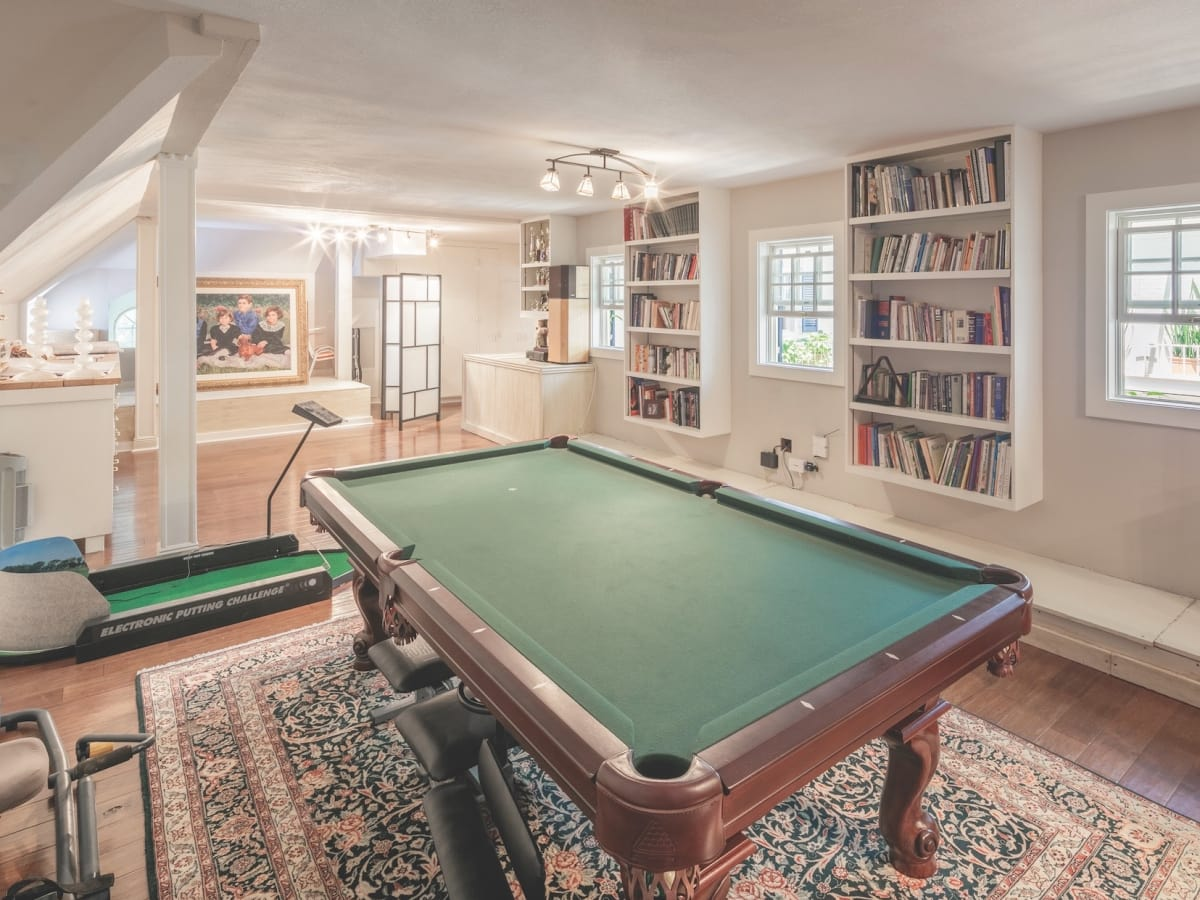 Cordua 3 Saddlewood Estates game room
