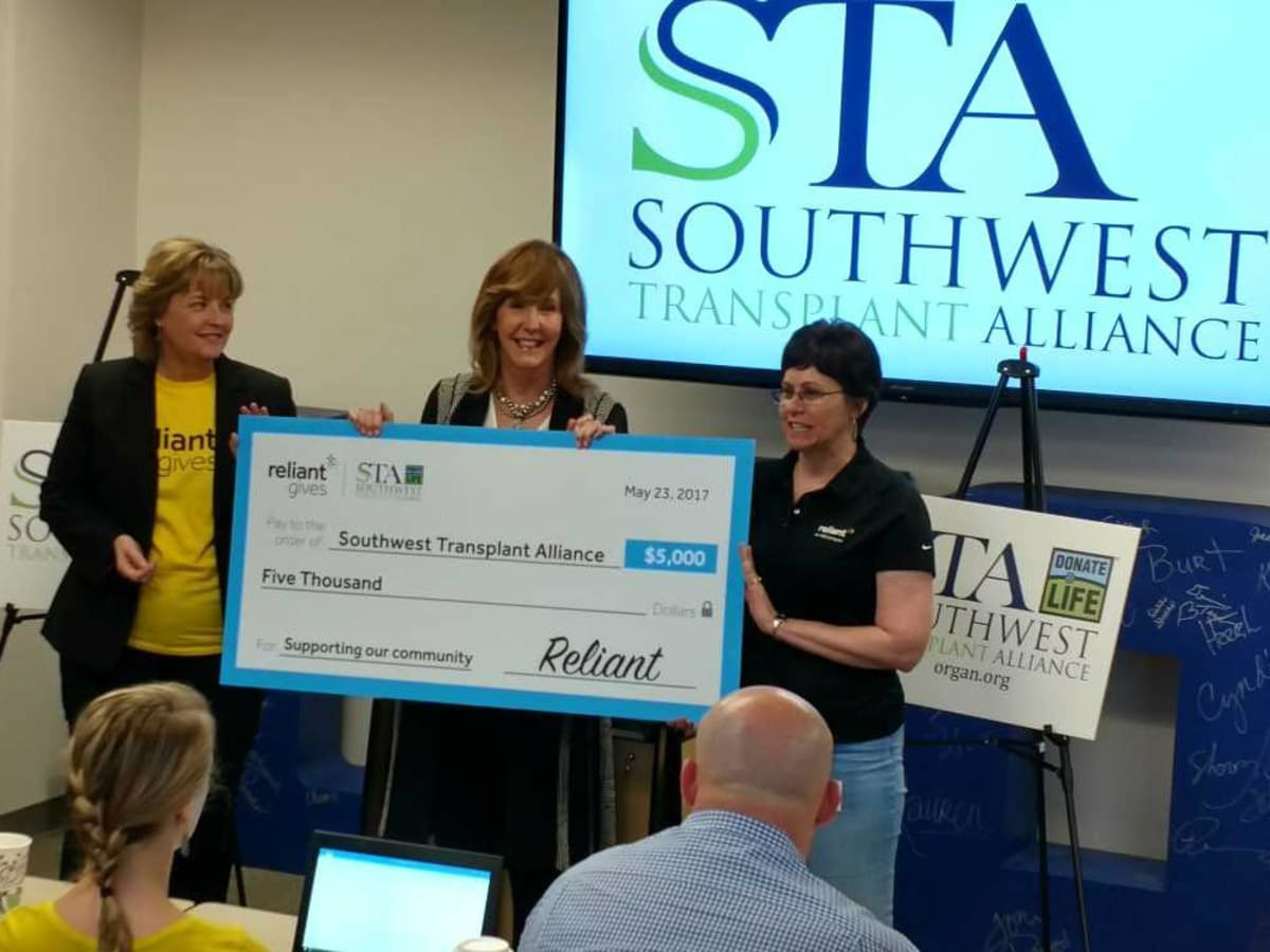 Southwest Transplant Alliance check presentation