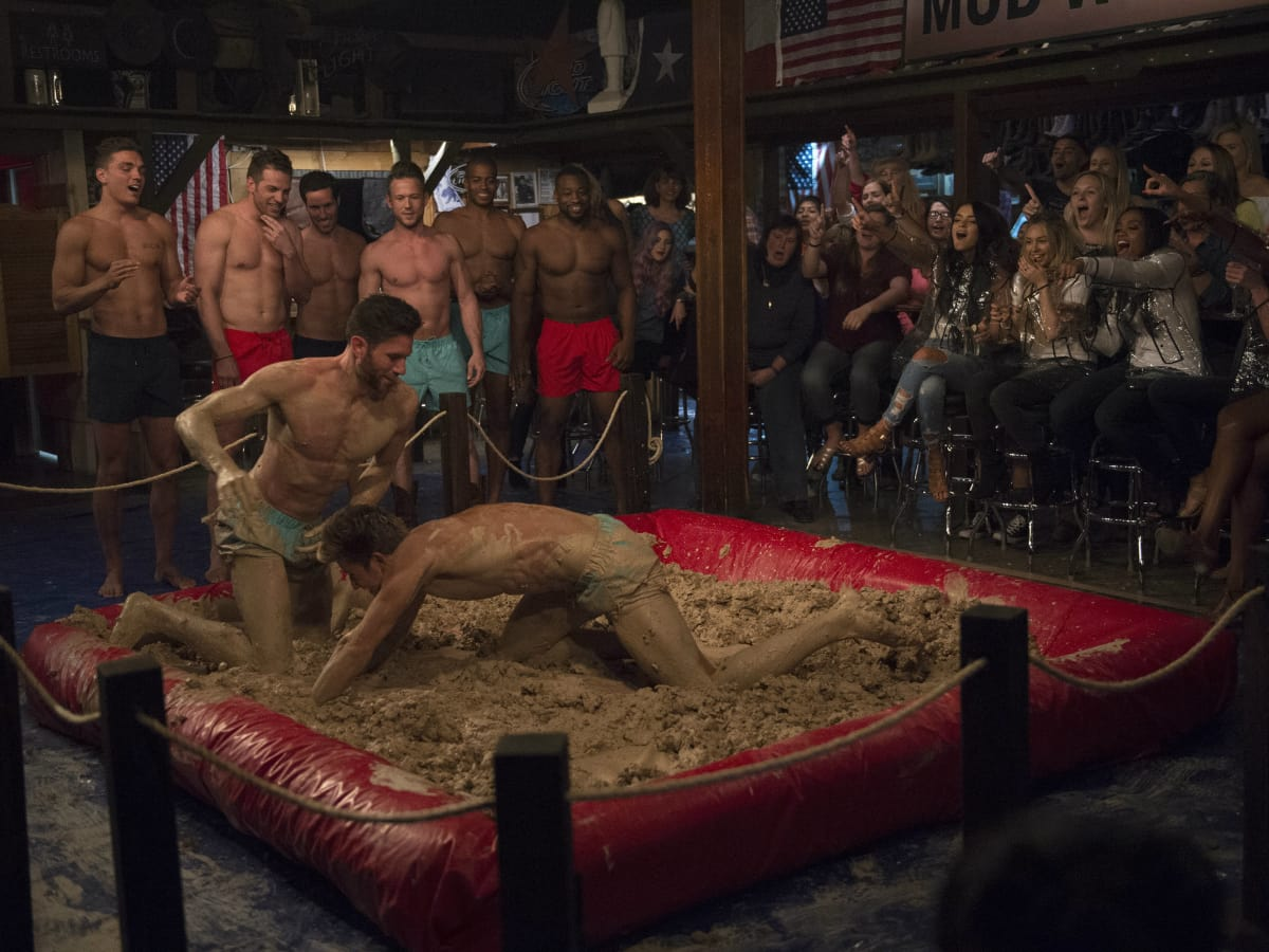 Baachelorette mud wrestling