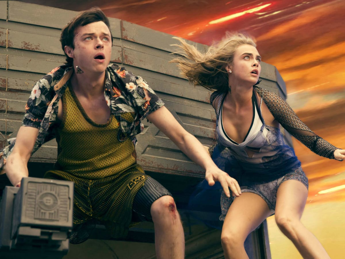 Dane DeHaan and Cara Delevingne in Valerian and the City of a Thousand Planets