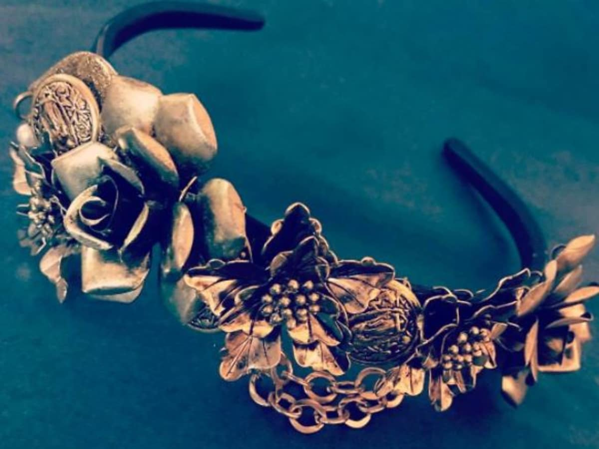 A crown that Jessie Dugan created for a client