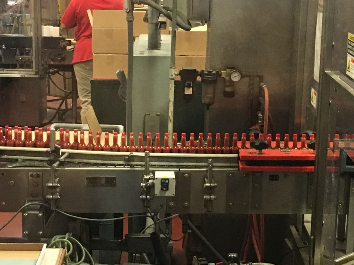 Avery Island: Tabasco bottling
