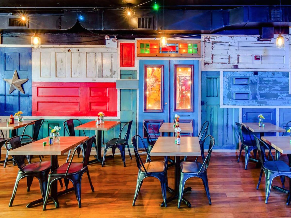 Harvey fundraiser New York, Avenida Cantina, restaurant interior