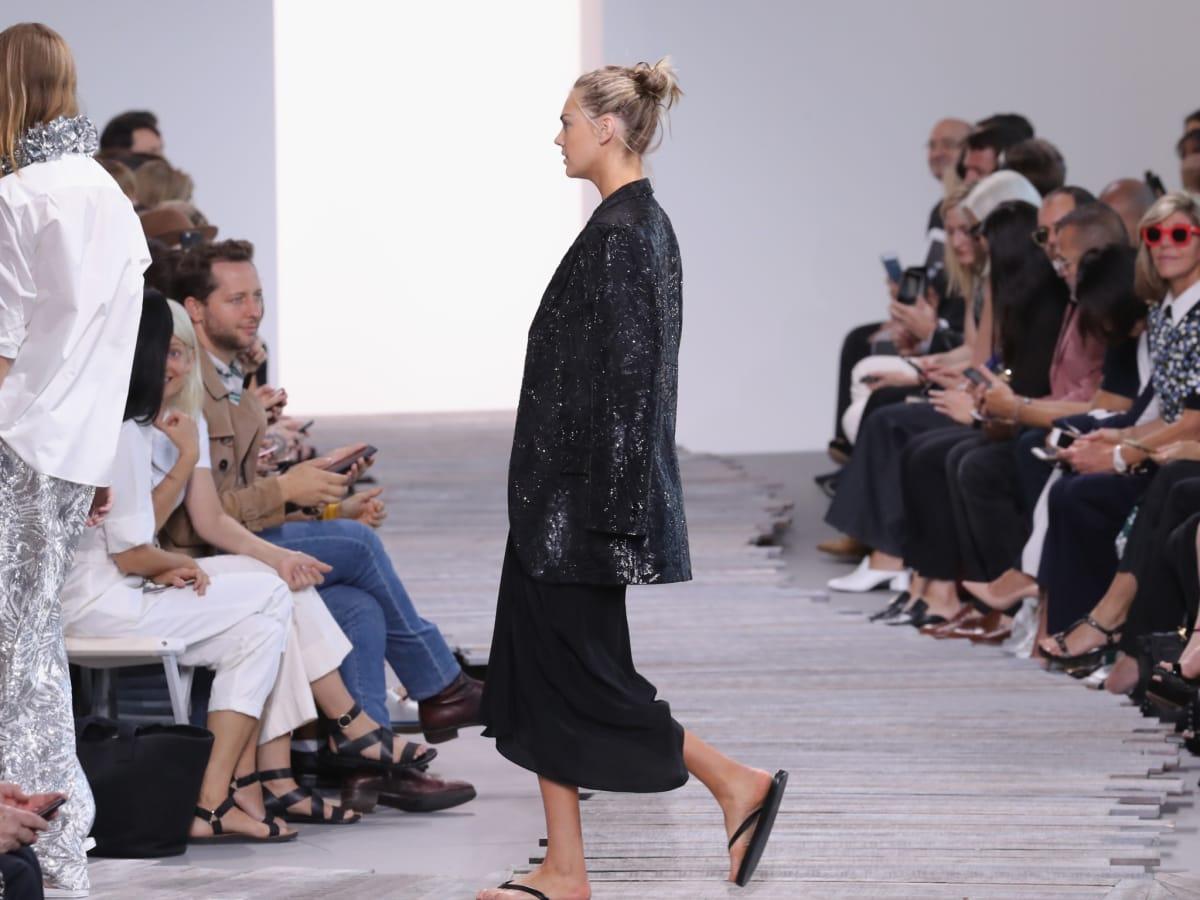 Kate Upton closed Michael Kors spring 2018 runway show