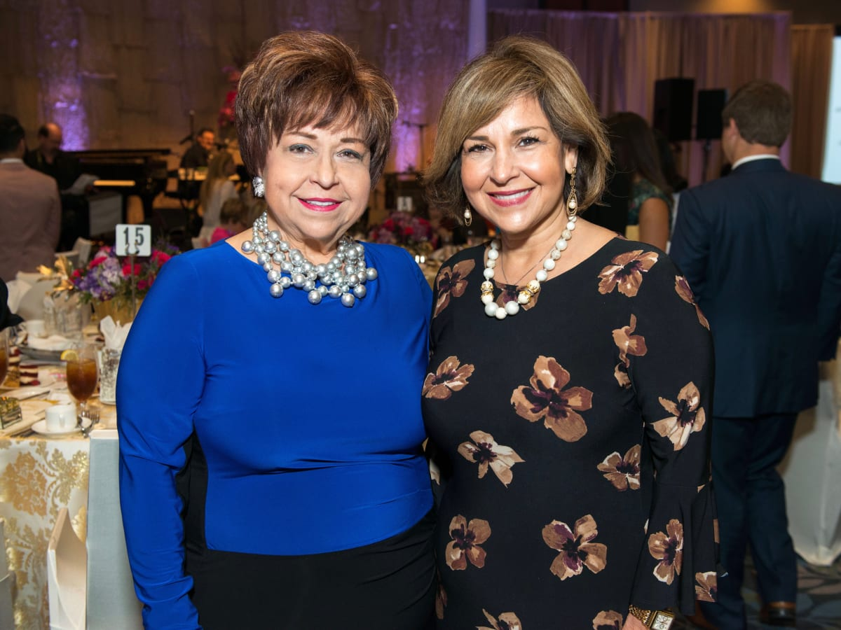 Trini Mendenhall, Mary Theresa Bergeron at Memorial Hermann Razzle Dazzle luncheon